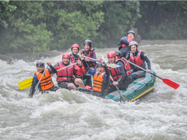 0 rafting na tari