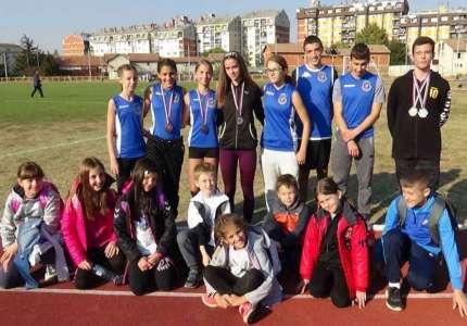 Pet medalja za atletičare Panonije na Gospojinskom mitingu u Šapcu