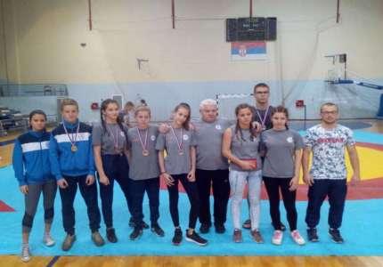 Devet medalja za Pančevce na Prvenstvu Srbije u rvanju
