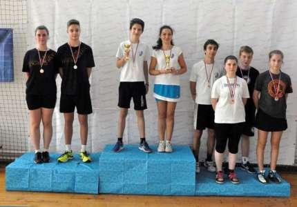Po dve medalje za predstavnike Badminton kluba Dinamo