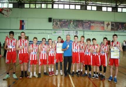 Košarka: Pioniri Kris Krosa vicešampioni Vojvodine