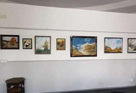 Otvorena izložba slika i ikona u Domu kulture u Banatskom Novom Selu