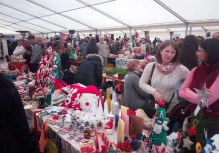 Otvoren Novogodišnji bazar u Pančevu