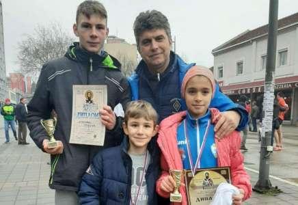 Osvojene tri medalje na Uličnoj trci u Valjevu