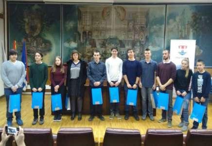 Najuspešnijim učenicima Pančeva uručene nagrade