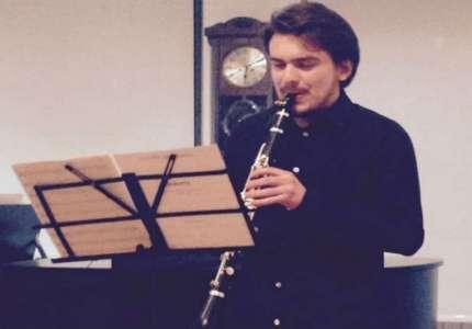 Student klarineta Vukašin Gogoš priprema koncert u Pančevu za jesen (VIDEO)