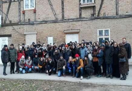 Francuski gimnazijalci obišli logor Stara svilara i Stratište u Pančevu