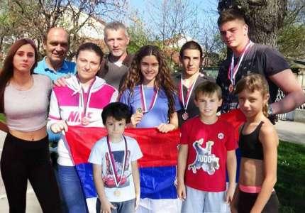 Medalje za pančevačke atletičare u Sremskoj Mitrovici i Ćupriji