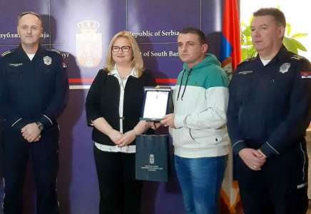Uručene nagrade najboljim predstavnicima policije i vojske u Južnobanatskom okrugu
