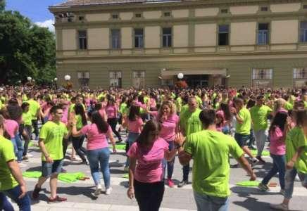 Na Maturantskom plesu učestvovalo oko 600 maturanata srednjih škola Pančeva