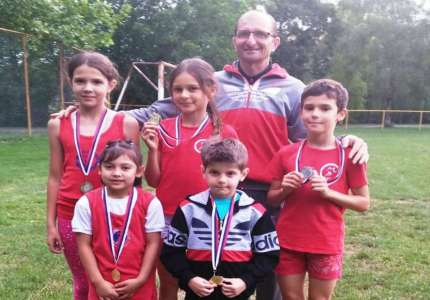 Pet medalja za atletičare Tamiša na krosu u Opovu