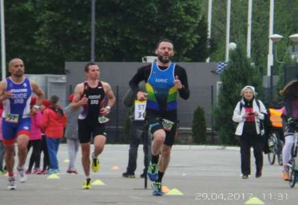 Devet medalja za pančevačke triatlonce
