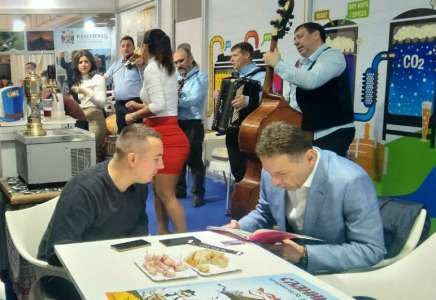 Gradonačelnik Pavlov obišao štand Turističke organizacije na Sajmu turizma