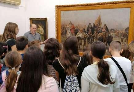 Mladi odbojkaši u poseti Muzeju u Pančevu