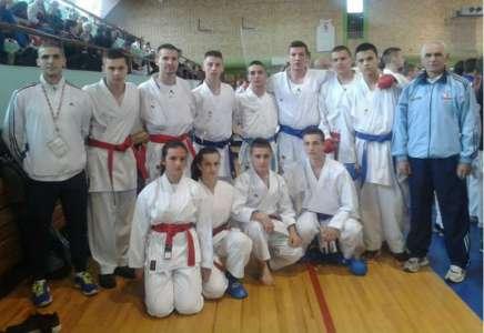 Devet medalja za karatiste Dinama na Kupu Vojvodine