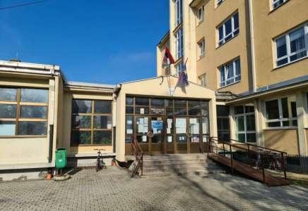 "Srednja škola ""Paja Marganović"" u Pančevu u projektu ""Smart tourism"""