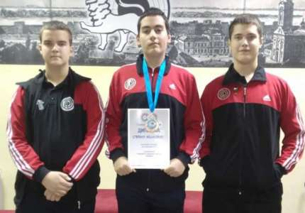 Streljaštvo: Stefan Kešišjan osvojio bronzanu medalju u juniorskoj konkurenciji pištoljem