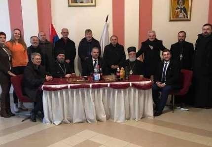 Vladike Nikanor i Stefan obišli radove na izgradnji Hrama Svetog Ilije u Jabuci