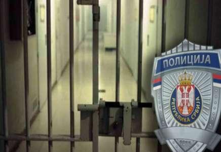 Žena ukrala dečja kolica ispred policijske stanice