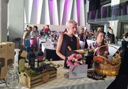 """Održan prvi """"Salon ženskih vina"""""""