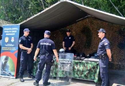 Prikaz opreme i naoružanja 20. juna u Pančevu povodom Dana policije