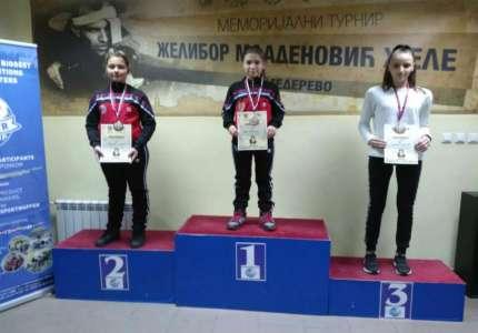 Iva Rakonjac osvojila zlatnu, a Teodora Kondić srebrnu medalju u Smederevu
