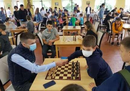 """""""Prolećni kadetski turnir u šahu"""" na Čardaku"""