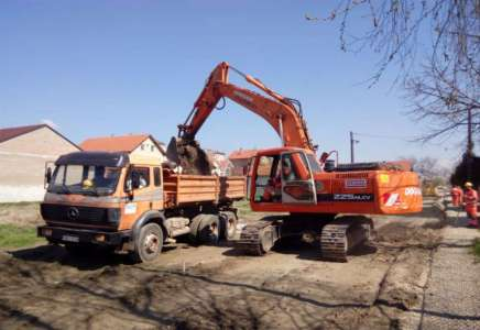 U toku radovi na izgradnji puta u proseku Ulice Joakima Vujića
