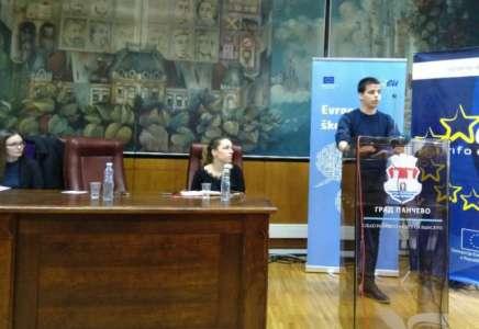 Održana javna debata mladih na temu zaštite životne sredine