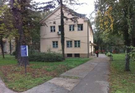 Samoubistvo u bolnici: pacijent skočio sa zgrade