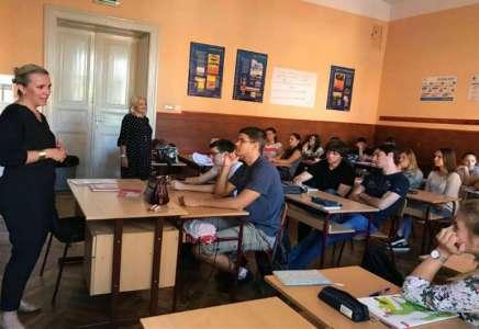 Predavanja u srednjim školama o značaju davalaštva krvi