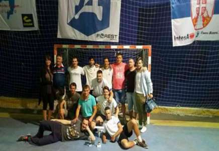 Ekipa iz Deliblata osvojila titulu prvaka Letnje lige u malom fudbalu u Dolovu