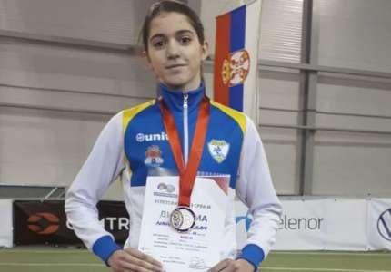 Atletika: Marija Mrkela osvojilu bronzu na Prvenstvu Srbije za mlađe juniore