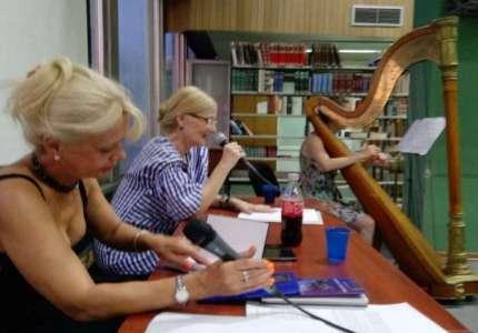 Četiri pesnikinje govorile stihove u Gradskoj biblioteci Pančevo