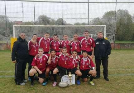 Kadeti Borca iz Starčeva osvojili zlato na Prvenstva Srbije u ragbiju